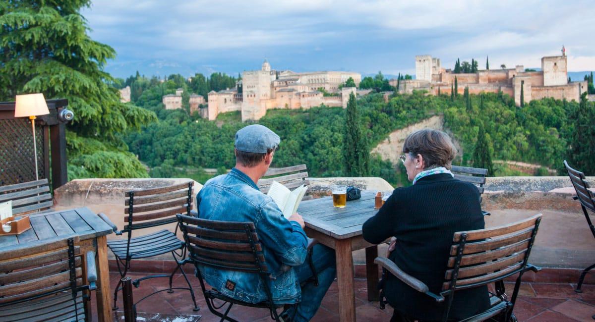 Cinco citas ineludibles cuando viajes a Granada